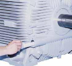 Нанесение смазки во время работы в подшипники высоковольтных асинхронных трехфазных электродвигателей 21-FII TMEIC